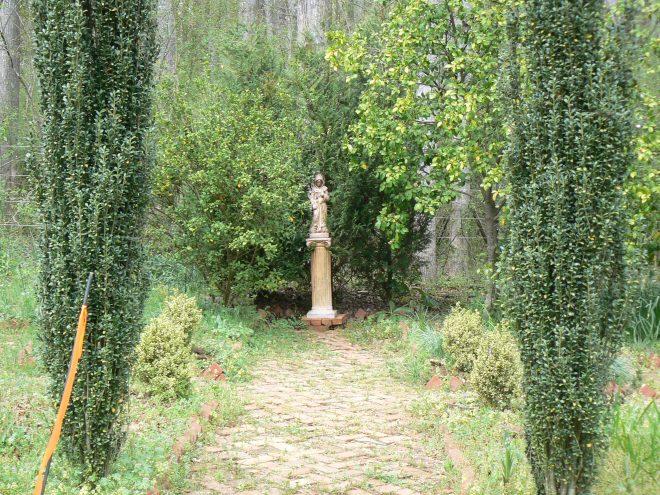 entrance to cutting garden